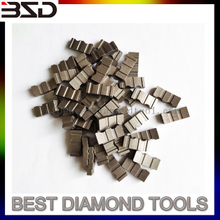 Turbo type concrete diamond core bit segment